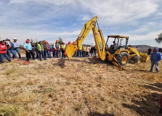 San Luis Potosí: inician en Mexquitic obras de nueva red de agua potable (La Jornada de San Luis)