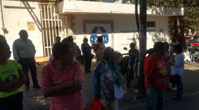Morelos: Vecinos de la colonia Antonio Barona protestan por falta de agua potable (La Unión)