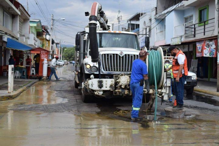 Michoacán: Busca CAPASU Multar a Procesadora de Aceite de Aguacate que Vertió Desechos en red de Drenaje Sanitario. (CDN noticias)