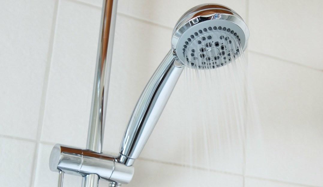 Chihuahua: JMAS pide a la gente bañarse en cinco minutos para cuidar el agua (Televisa.news)