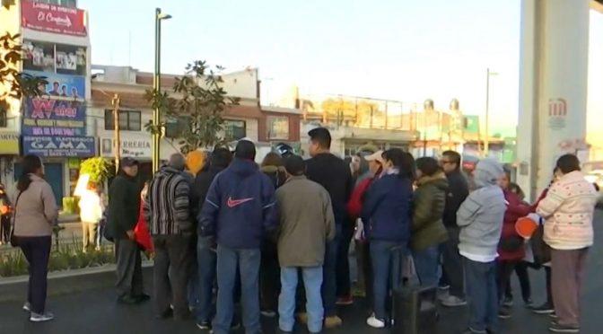 CDMX: Bloquean avenida Tláhuac por falta de agua (ADN 40)
