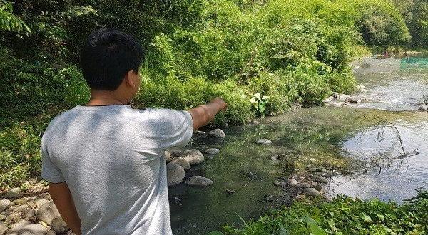 Hidalgo: derraman agua sanitaria en río Xiquila, acusan (Criterio Hidalgo)