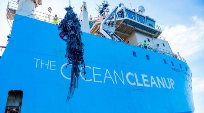 Fundación desarrolla sistemas para eliminar plásticos de los océanos (La verdad)