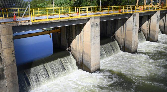 El problema del agua: capacidad versus marketing (elfaro)