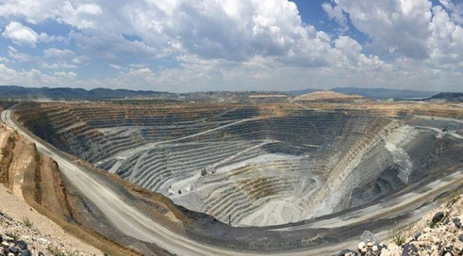 México: Demanda Semarnat que por ley se prohíba el fracking y que la minería dañe áreas protegidas (La Jornada)