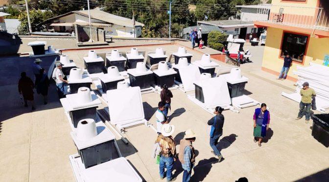 Morelos: Entregan en Xoxocotla 46 baños ecológicos (El Mundo)
