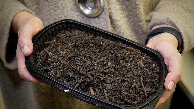 Flores, gusanos y estiércol para limpiar el agua y regenerar suelos (Eldiario.es)