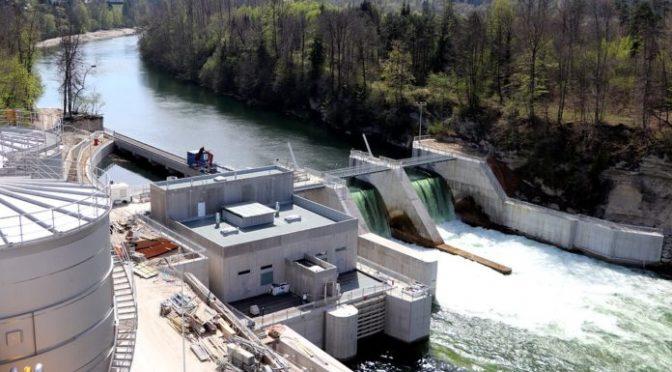 El papel de las centrales hidroeléctricas como apoyo a la energía solar y eólica (NCYT)
