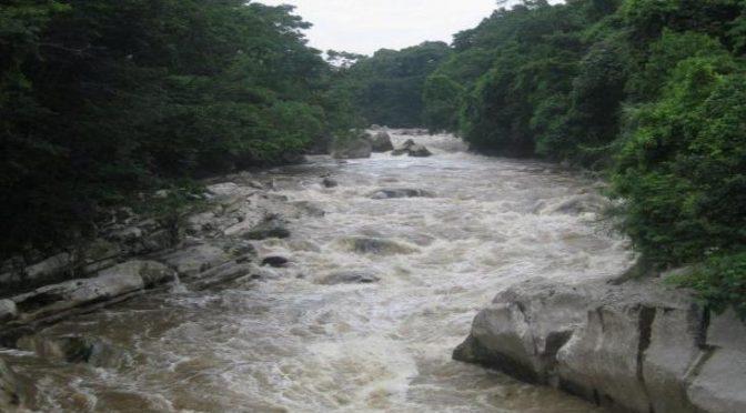 Veracruz: en Xalapa, habitantes de Alto Lucero acusan robo de agua de río Gordo (Imagen del Golfo)