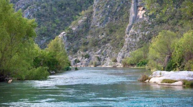 México: Ríos del centro del país, convertidos en drenes de aguas negras (El sie7e)