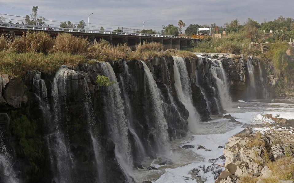 El Río Santiago: aguas residuales y contaminación