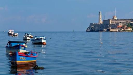 Cuba: La bahía de la Habana suspende en medio ambiente (CiberCuba)