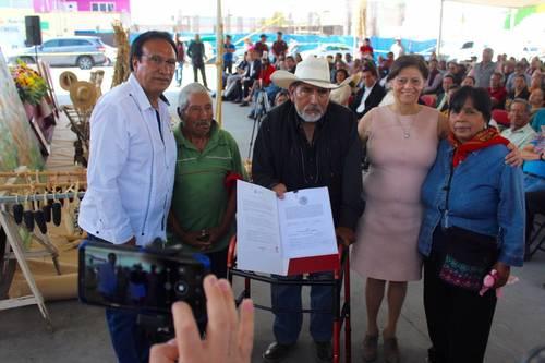Edomex: Entregan pozos y unidades de riego en Atenco y Tepetlaoxtoc (La Jornada)