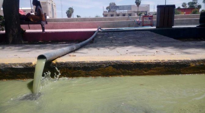 Coahuila: agua sucia invade la Plaza Mayor de Torreón (El Siglo de Torreón)