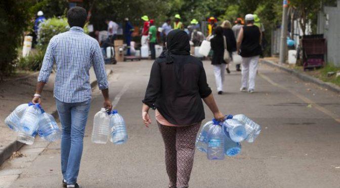Ciudad del Cabo: La lección de la ciudad que estuvo a punto de quedarse sin agua (El País)