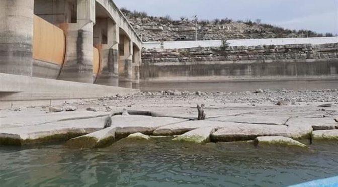 Nuevo León: demandan frenar trasvase en presa de Anáhuac (El Norte)