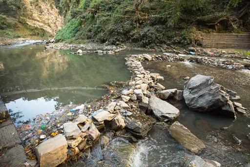 Desarrollo de un programa para la vigilancia en la evolución de contaminantes tóxicos persistentes en acuíferos y cuerpos de agua