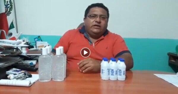 Yucatán: Alcalde de Sucilá condiciona venta de gel antibacterial al pago de agua (Diario de Yucatán)