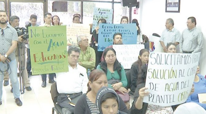 Baja California: Oomsapas La Paz incrementa tarifas a bachilleratos hasta en 400% (Tribuna)