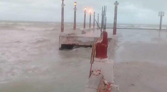 """Yucatán: Sisal se cae a pedazos Gobernador se """"lava las manos"""" (El Sol del poniente)"""