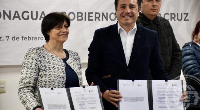México: Exigen labriegos renuncia de la directora de Conagua (La Jornada)