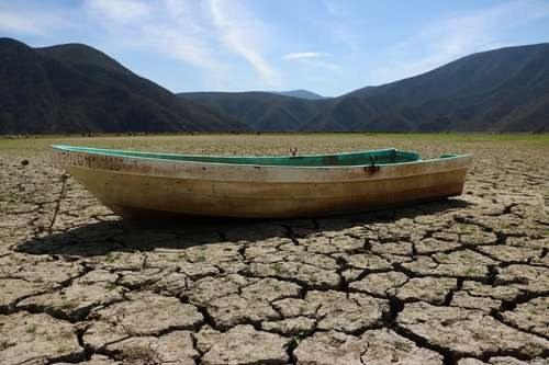 Hidalgo: Agoniza la laguna de Metztitlán, alerta CONAGUA (La Jornada)