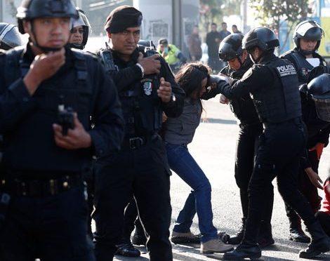 CDMX: Protestan por el desabasto de agua potable en Tláhuac (La Jornada)