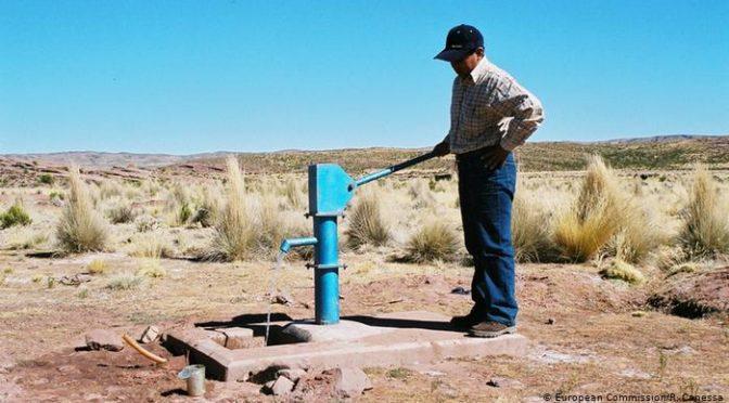 Millones en América Latina tienen que combatir el coronavirus sin agua potable (DW)
