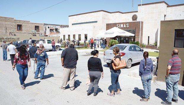 Coahuila: Aprovechan cajero para pagar el agua (Zócalo)
