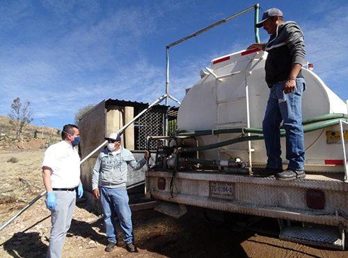 Zacatecas: Mediante pipas se han distribuido 12 millones 730 mil litros de agua en tres municipios (La Jornada)