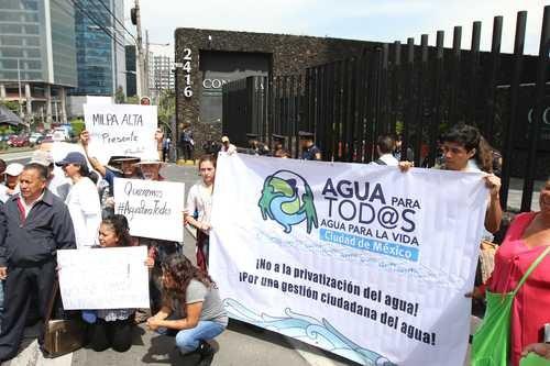 Iniciativa para la Ley General de Aguas, suscrita por la diputada Clementina Marta Dekker Gómez e integrantes del Grupo Parlamentario del PT