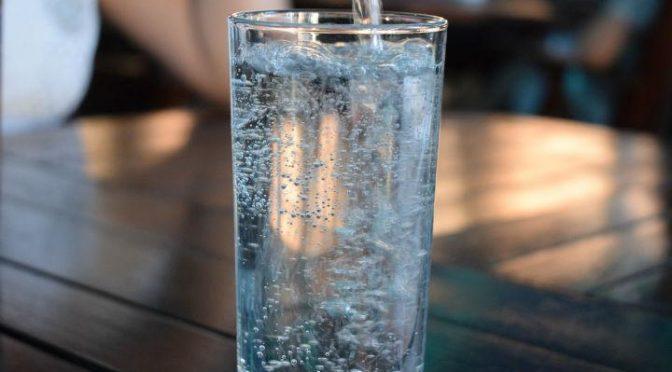 CDMX: Hasta la forma de tomar agua ha cambiado por la emergencia sanitaria (Dinero en Imagen)