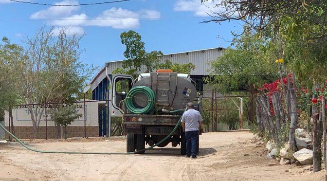 Sinaloa: Pega estiaje a Choix, llevan agua en pipas para consumo humano (Línea Directa)