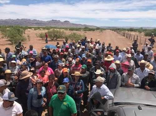 Chihuahua: Labriegos exigen cierre de pozos de los LeBarón (La Jornada)