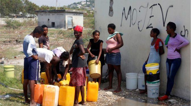 Sudáfrica con escasez de agua para enfrentar pandemia (24 horas)
