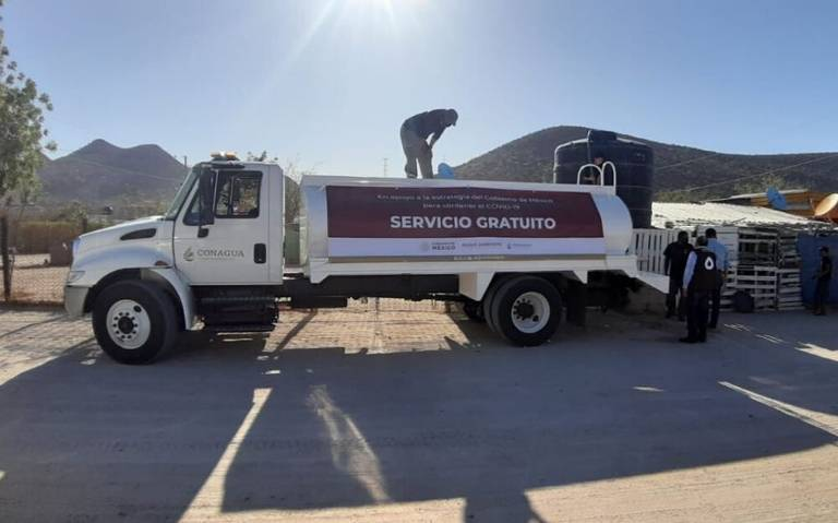 Estado de México: Piperos de agua bloquean avenida Central en Ecatepec (Milenio)