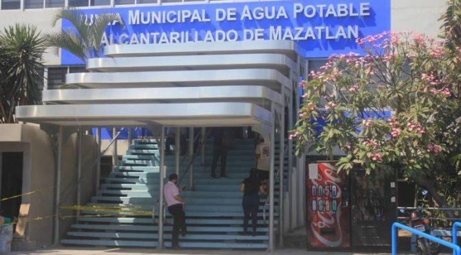 Sinaloa: Jumapam 'cerrará la llave de agua' a negocios morosos (El Sol de Mazatlán)