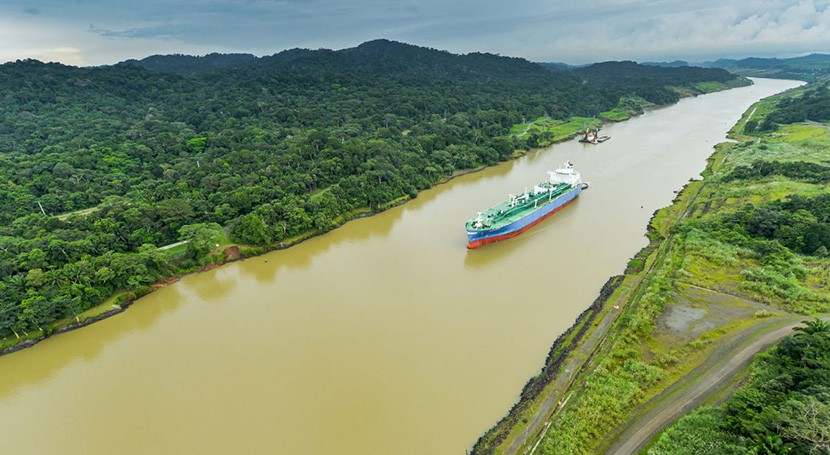 Panamá: Tránsitos en Canal  caerán hasta 20% este año (Milenio)