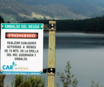 Colombia: Generadores hidráulicos a embalsar más agua para evitar racionamiento eléctrico (La República)