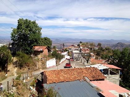 Tras amago, reconectan el agua a comunidad indígena de Colima (Proceso)
