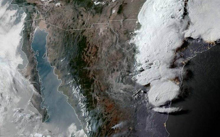 Coahuila: Tornado deja árboles y viviendas dañadas (La Jornada)