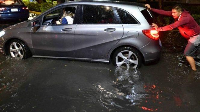 Este lunes cayeron 17 millones de metros cúbicos de agua en CDMX (Excelsior)