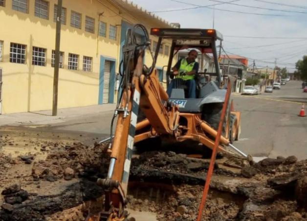 Baja California: Repara Cespt fuga, pero surge otra y faltará agua en 8 colonias de Tijuana (El Imparcial)