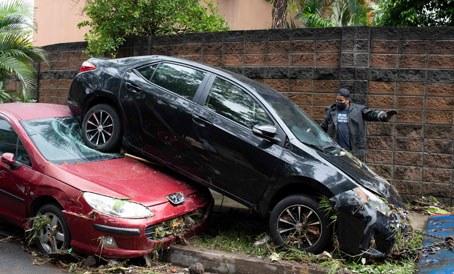 El Salvador: Provoca 'Amanda' al menos 14 muertes (La Jornada)