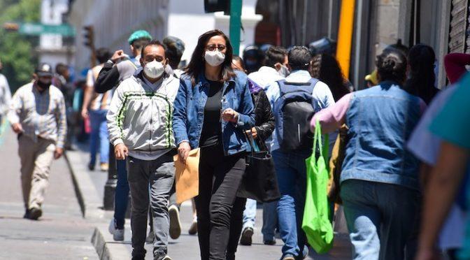 México: El boom inmobiliario  dejó a millones hacinados y sin agua, y con la COVID-19 será peor (Sin Embargo)