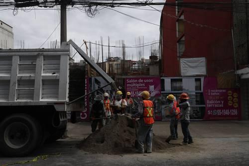 Ciudad de México: Sacmex garantizará el suministro de agua a proyectos inmobiliarios en zonas sin el servicio (La Jornada)