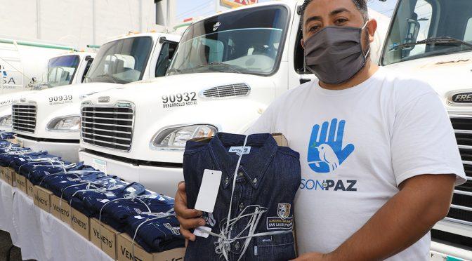 """San Luis Potosí: Uniforman a trabajadores del programa """"Agua en tu casa"""" (El Exprés)"""