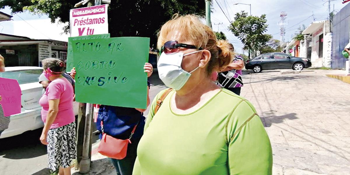 Morelos: Protestan los habitantes por las injustas tarifas del agua (La Jornada de Morelos)