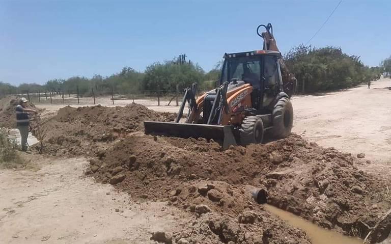 Baja California Sur: Es atendido El Carrizal con desazolve de cauces de agua (El Sudcaliforniano)
