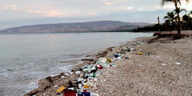 España: La omnipresencia del plástico se agrava con la pandemia (El País)